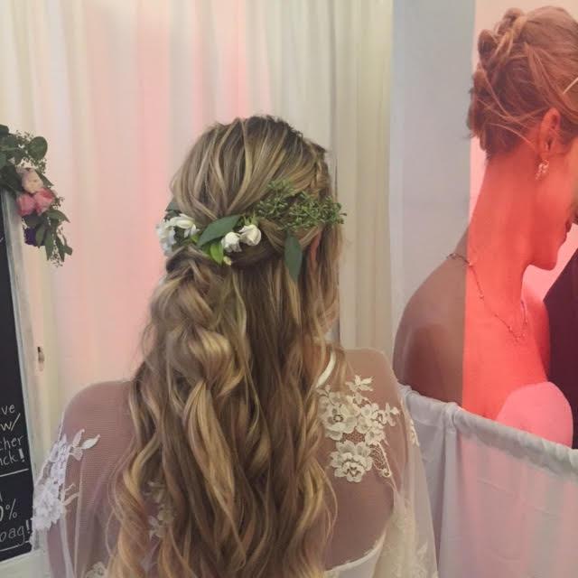 half up do all dolled up hyatt westlake village bridal show